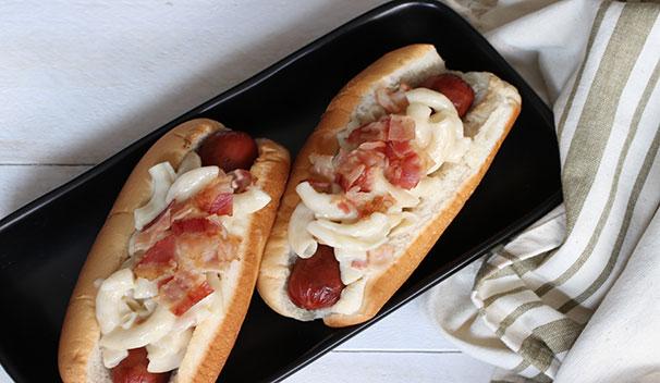 Bacon Mac N Cheese Hot Dog