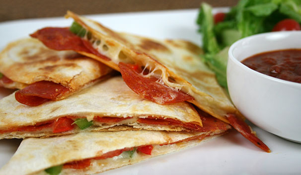 Pizza-Quesadillas_final.jpg